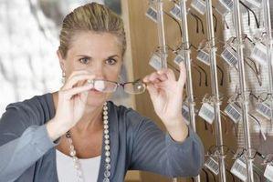 Den Fordeler og ulemper ved en antirefleksbelegg på Briller