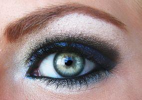 mennesker uten øyenbryn