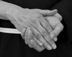 Årsaker til dårlig sirkulasjon i Hands