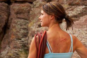 Hva er behandlingen for Scars lettere enn normal hud Tone?