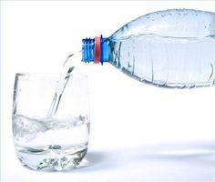 Hvordan å behandle godt vann for Nærvær av koliforme bakterier