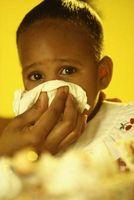 Hvordan hjelpe en baby med en tett nese og lunger