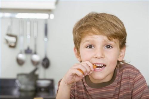Hvordan få et barn med diaré til å spise mat