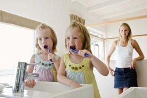 Hvordan skifte batterier på en Oral-B elektrisk tannbørste