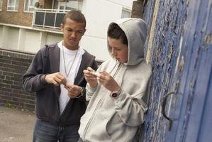 Hvilke ressurser har Juveniles Har for Drug Hjelp?