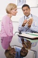 Hva betyr det når en lege er leid inn av forsikringsselskapet?