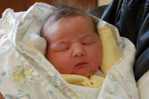 Hvordan er en nyfødt spedbarn Hørselstest utført?