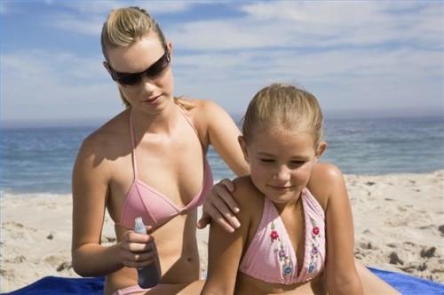 Hvordan behandle barn Sunburns