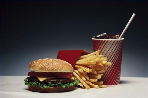 Hvordan dempe suget for Fet mat