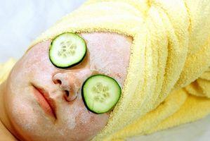 Er ansikts skreller Gunstig for akne lider?