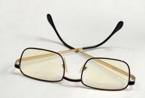 Slik fjerner Tint fra briller
