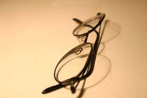Hvordan fikse ripete Perscription Glasses