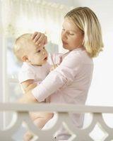Hvordan få ned et barns Temperatur
