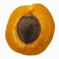 Hvordan å nøytralisere den bitre smaken av en Apricot Seed