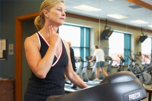 Hvordan overvåke hjertefrekvens manuelt