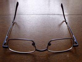 Slik fjerner riper fra Polykarbonat Glasses