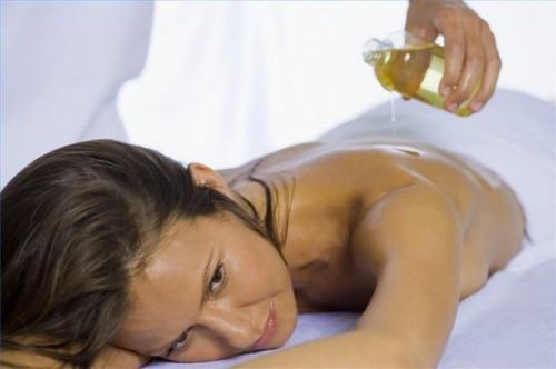 Hvordan lage kanel Aroma Oil Lotion