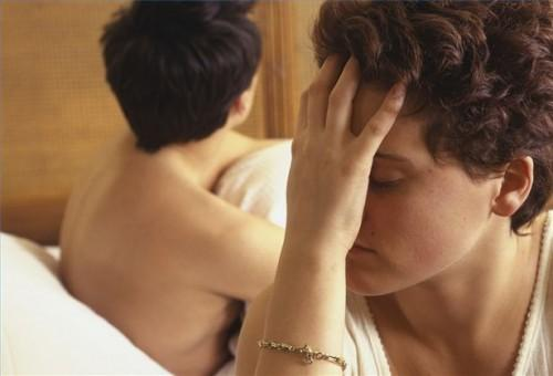 Hvordan hjelpe din ektefelle gjennom en Midlife Crisis
