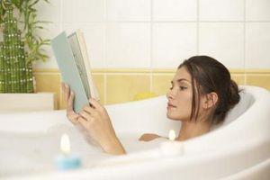 Hvordan å avgifte kroppen din med Alger Rubs og Bath