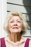 Årsaker Eye Color Change hos eldre