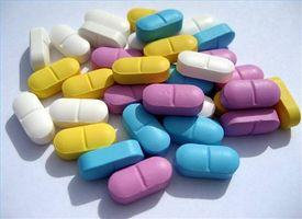 Hva naturlige vitaminer eller urter kan bidra til å øke sjansene for graviditet?
