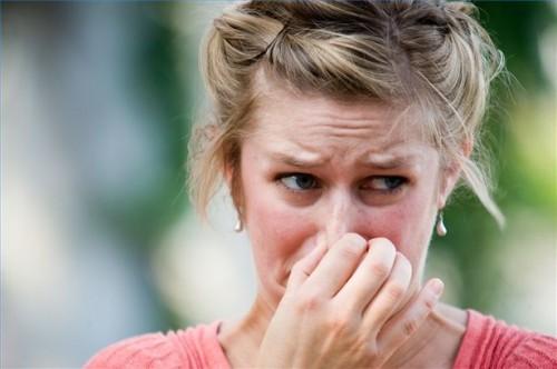 Hvordan Test for Allergiske Reaksjoner på Dye