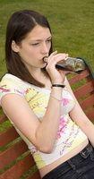 Om Teenage Girls som misbruker alkohol