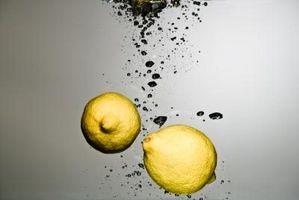 Hvordan å drikke sitron vann til Balance pH-verdier
