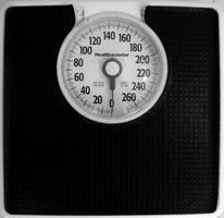 Hvordan måle vann vekt i et menneske