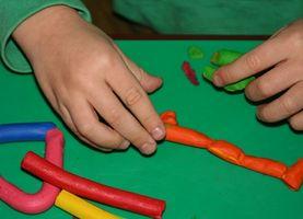 Hvordan hjelpe et barn med Attention Deficit Disorder uten å bruke narkotika