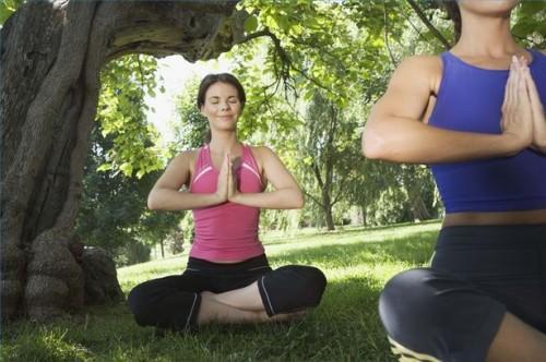 Hvordan å behandle impotens med yoga