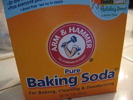 Hvordan å behandle Poison Ivy med Baking Soda