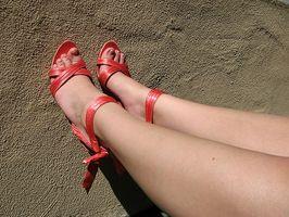 Hva er årsakene til Leg Cramps i kvinner?