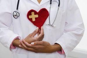 Hvordan å gjenkjenne tegn og symptomer på Cardiovascular Disease