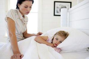 Tegn og symptomer på Mono i Toddlers