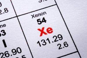 Hvordan Beregn massen av Xenon