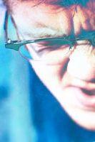 Hvordan legge til antirefleks til Glasses