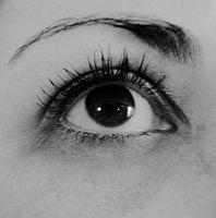 hjelp øyenbrynene mine er blitt hvite