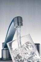 Hvordan sjekke drikkevannet hjemme for Elements