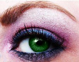 Forskjellen mellom gass permeable og myke kontaktlinser
