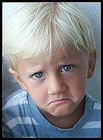 Hvordan gjenkjenne acid reflux hos barn