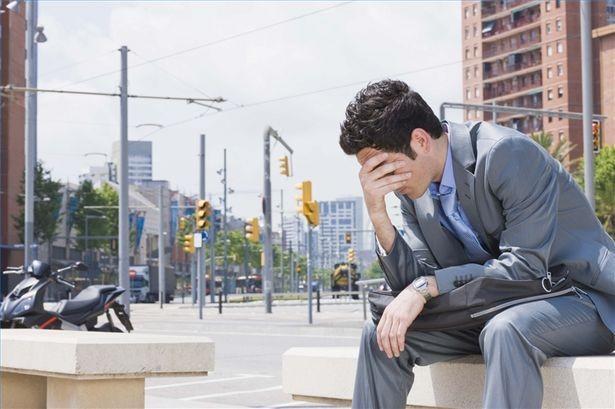 Hvordan hjelpe noen med Post-Traumatic Stress Disorder - digidexo.com