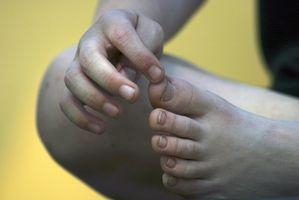 Hvordan Tape en Broken Pinky Toe