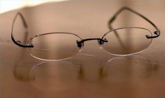 Om anti-ripe belegg for briller