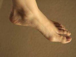 Hvordan redusere Feet Hevelse med Oral Vitaminer