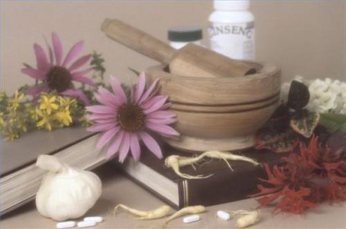 Hvordan lage naturlige løsninger for Hepatitt