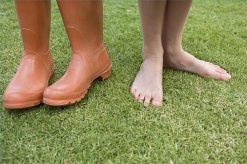 Hvordan Heal sprukne hæler